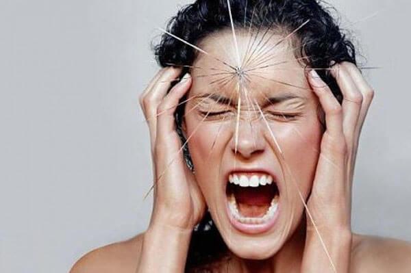 Mẹo xử lý nhanh những cơn đau đầu do thời tiết thay đổi