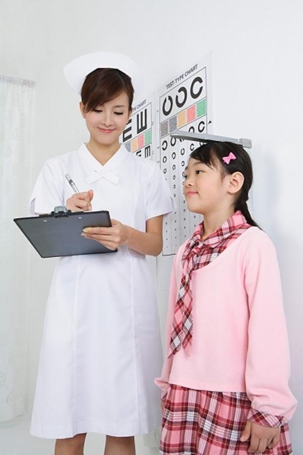 3 dấu hiệu nhận biết trẻ bắt đầu phát triển chiều cao mạnh nhất